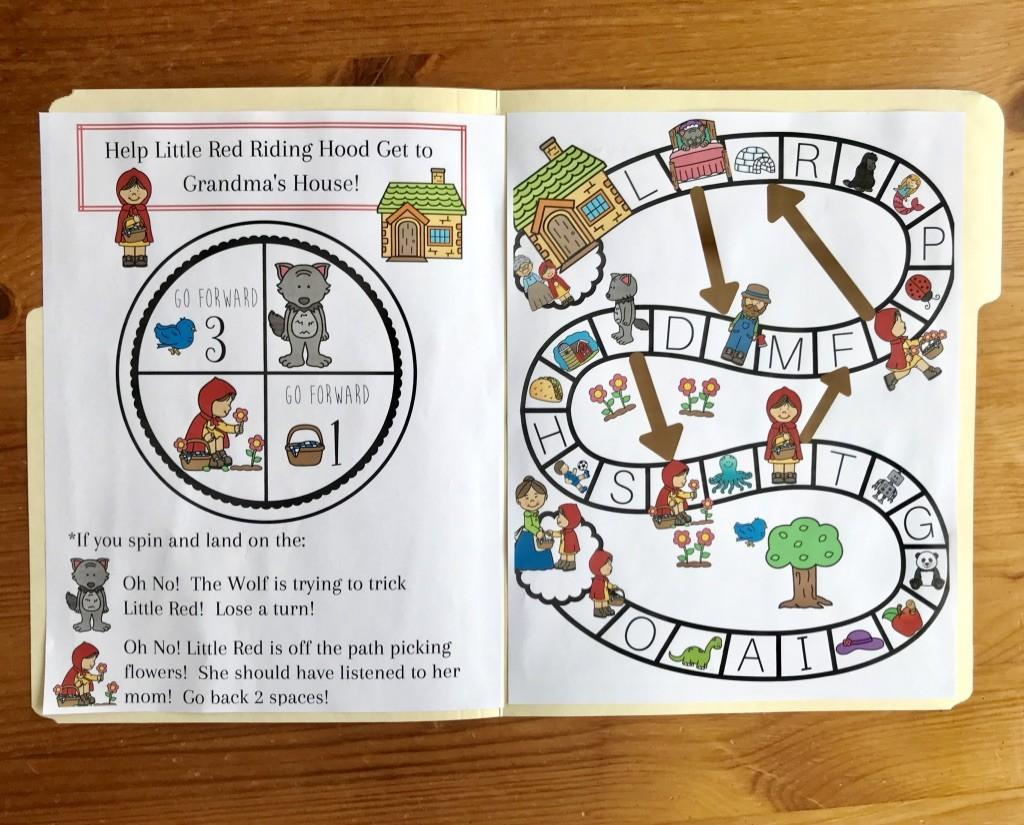 Teaching Phonics--Tips for choosing a curriculum that will teach your child to read with confidence!