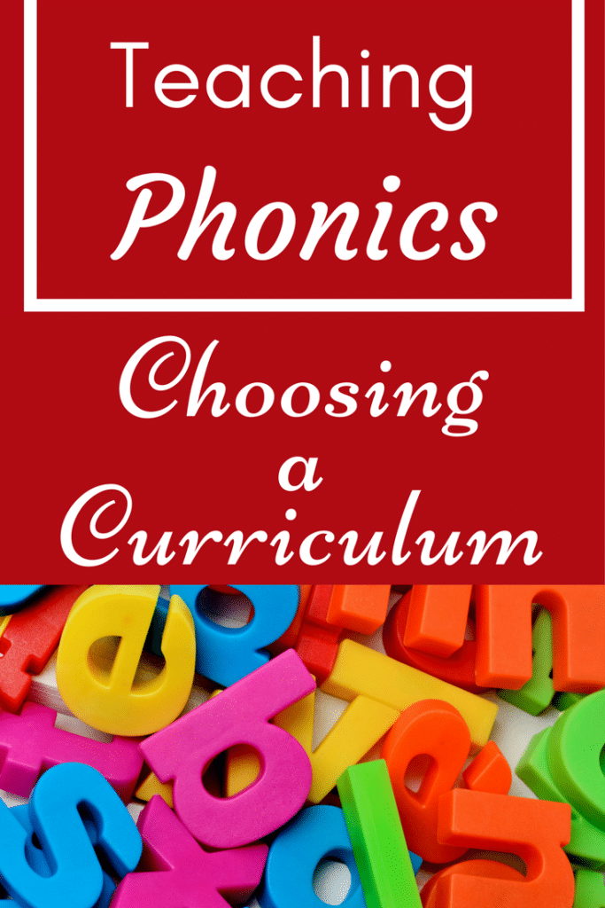 Great advice about how to choose a phonics curriculum! Find tips, resources, and a coupon code for an awesome reading app!